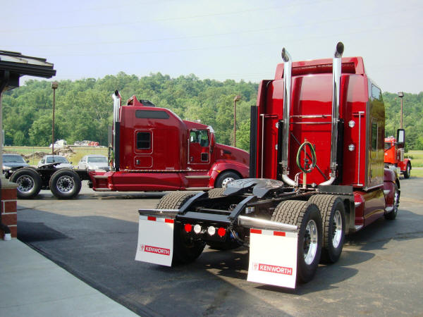2015 Kenworth T660 Gliders