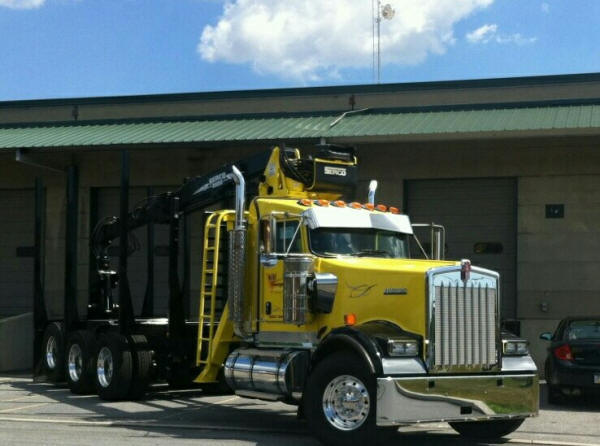 Kenworth W900 Log Truck